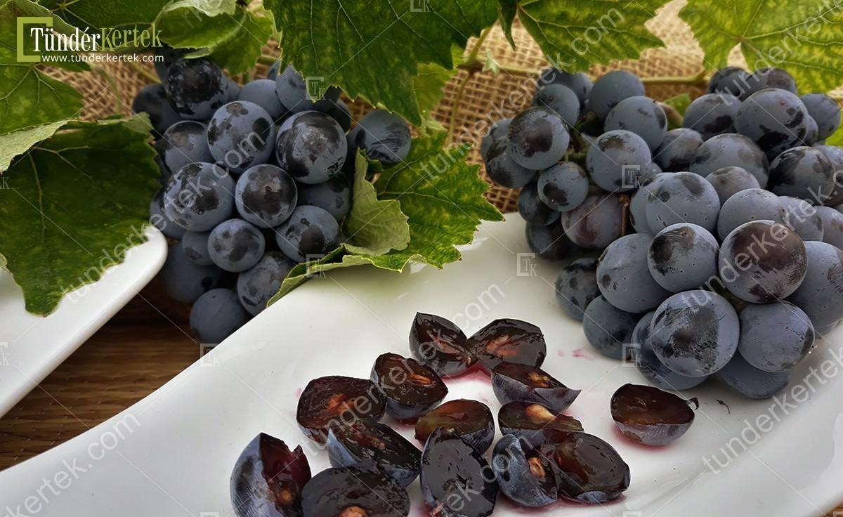 Othello csemegeszőlő